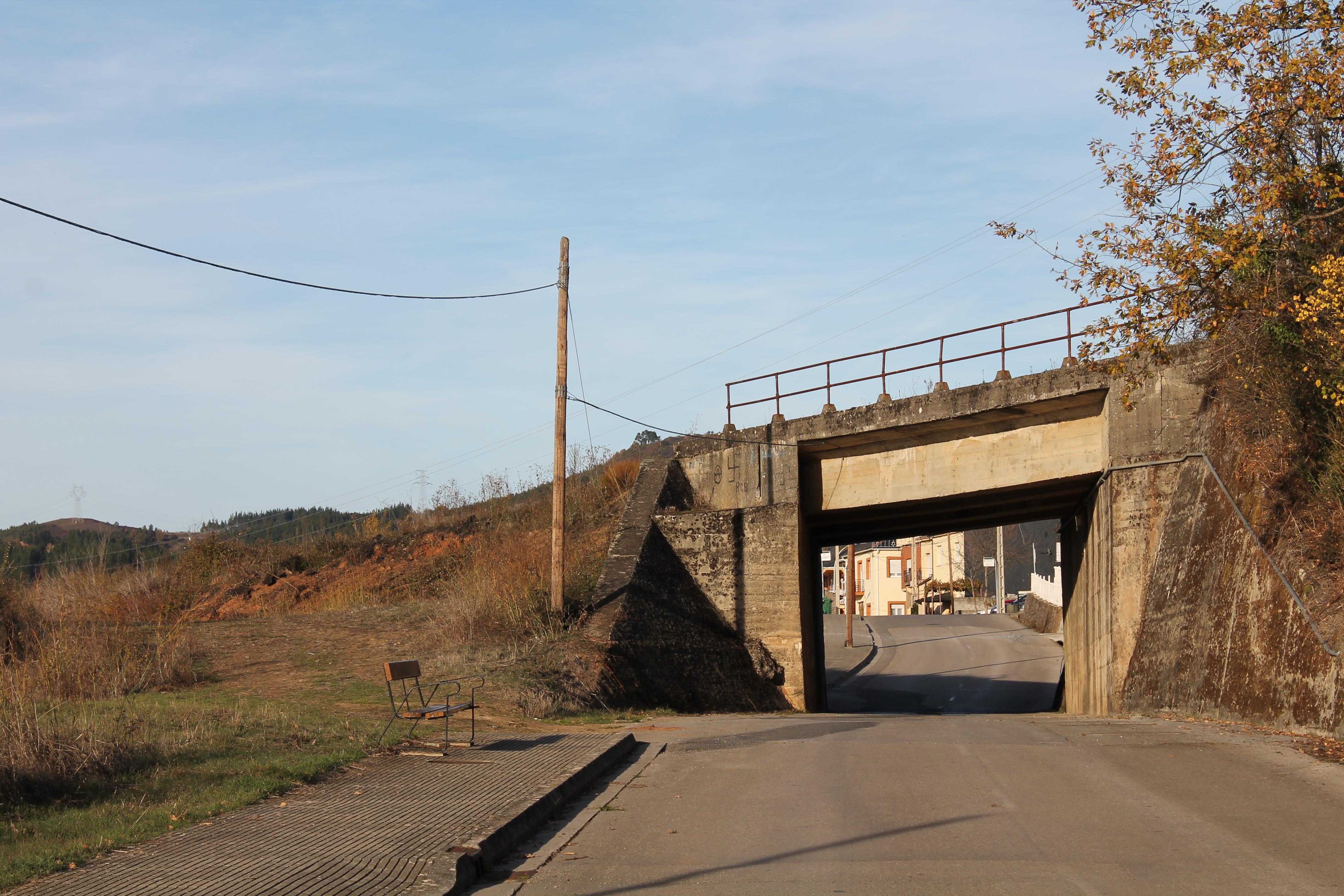Posadina. Puente tren (3)